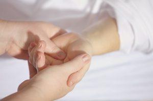 Masírovanie rúk